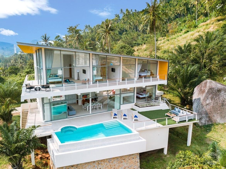 entrance villa for sale balinese style Maenam Koh Samui