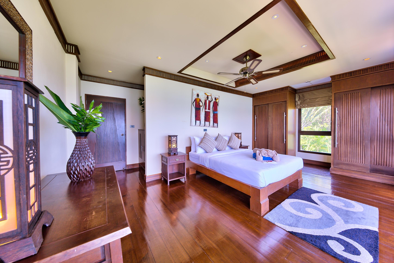 pool villa for sale balinese style Maenam Koh Samui